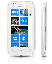 Nokia Lumia 710 White/White + záložní zdroj Nokia DC-16 ZDARMA